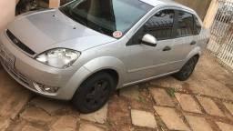 Vendo Fiesta Sedan 2005 1.6 completo
