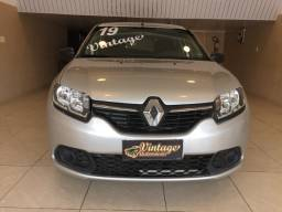 Renault Sandero Expression 1.6 câmbio manual / 2019 - apenas 20.000km rodados