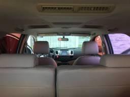 Toyota Hilux Sw4 4x2 2015/2015 - 7 lugares, automática