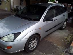 Ford Focus 2001 Completo 8.500mil