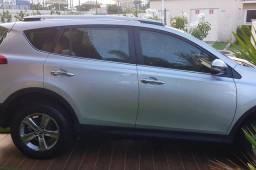 Toyota RAV4 (entrada + parcelas)
