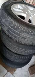 Jogo de rodas aro 15 em Gravatá