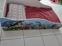 Cama infantil tema dinossauro