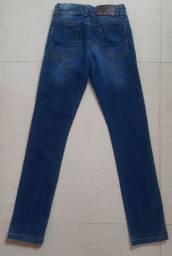 Calça jeans e moleton menino 6 anos