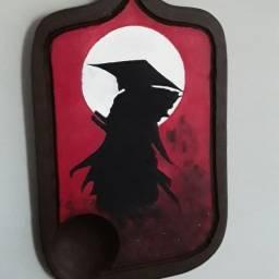 Pintura de samurai em tábua de carne