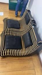 Cadeira de madeira artesanal
