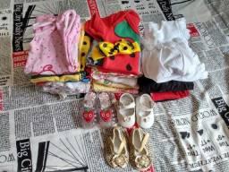 Roupinhas e sapatinhos de menina