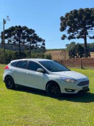 Ford Focus Titanium 2.0 AT 2016