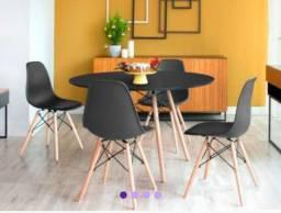 Mesa de jántar 4 cadeiras
