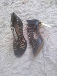 Sandálias/salto