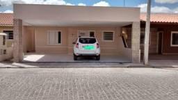 Vendo casa no Condomínio Viva Mais Master
