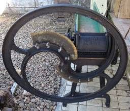 Máquina de Picar capim / Trato / Nogueira Indaial (Wanke)