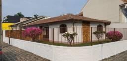Vende-se Casa no centro de Irati-PR