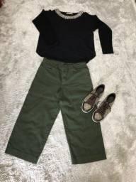 Blusa, Calça e Tênis