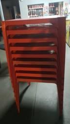 Vende jogos de mesa com as cadeiras