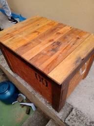 2 baus em madeira