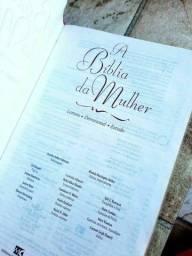 Bíblia da Mulher - Leitura, Devocional e Estudo
