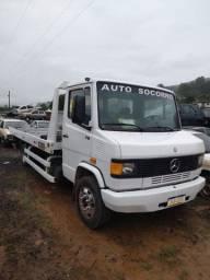 Vendo caminhão Mb608 guincho