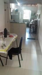 Casa toda no porcelanato na vila Sarney Maracanã