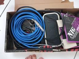 Vendo ima pedaleira G1xn-Ak com cabos. 750 reias