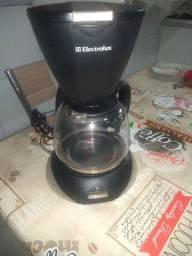Vendo cafeteira Eletrolux usada uma vez