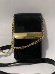 bolsinha preta com dourado petite jolie