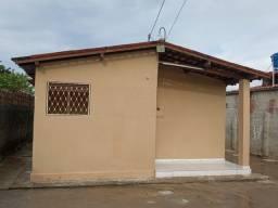 Vendo casa em mangabeira 8,excelente localização.
