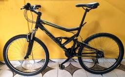 Bike semi nova alumínio aro 26, Entregamos á domicílio e aceitamos cartão.