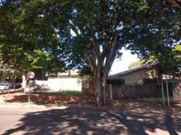 Casa para Venda em Maringá, Vila Esperança, 2 dormitórios, 1 banheiro, 2 vagas