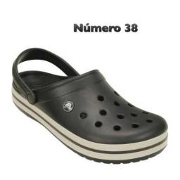 Crocs adultas originais!!