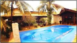 Casa 4 suítes, 280 m² c/ lazer na 606 Sul