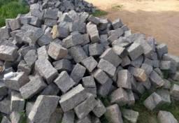 Pedra de paralelepipedo