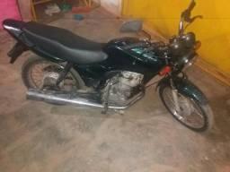 VENDO TITAN 125cc 2000/2001 DE PEDAL - 2000