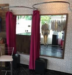 Provadores - cortinas e aros cromados