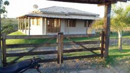 Sitio em Condominio Fechado as margens da Represa de Três Marias
