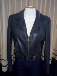 Jaquetas feminino em couro legitimo usadas.