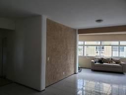 Excelente apartamento com 03 quartos no Papicu