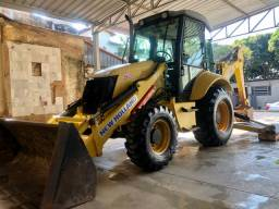 Retroescavadeira New Holland B90 2011