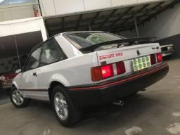 Escort XR3 1987' -32.000 Km Originais -Pintura e Interior de Fábrica -Para Colecionadores