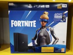 Console PS4 Pro 1TB Preto + Fortnite/ Novo