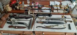 Espadas e facas antigas