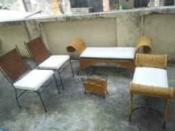 Conjunto cadeiras em vime