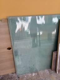 Vidro para dividir espaço R$330