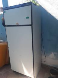 Vendo geladeira frosfree