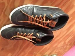 Tenis novo Rip Curl original - cano alto - couro preto - perfeito estado