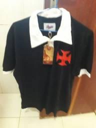 Vendo essa camisa do vasco nova tmh GG mas serve pra quem veste G ela e pólo