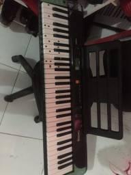 Vendo teclado Casio novo