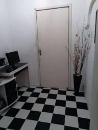 Alugo casa Centro de caxias