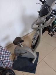 Bicicleta ergometrica 200,00
