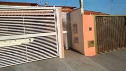Casa à venda bairro universitário em Fernandópolis